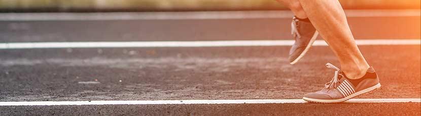 Läufer auf Sprintbahn